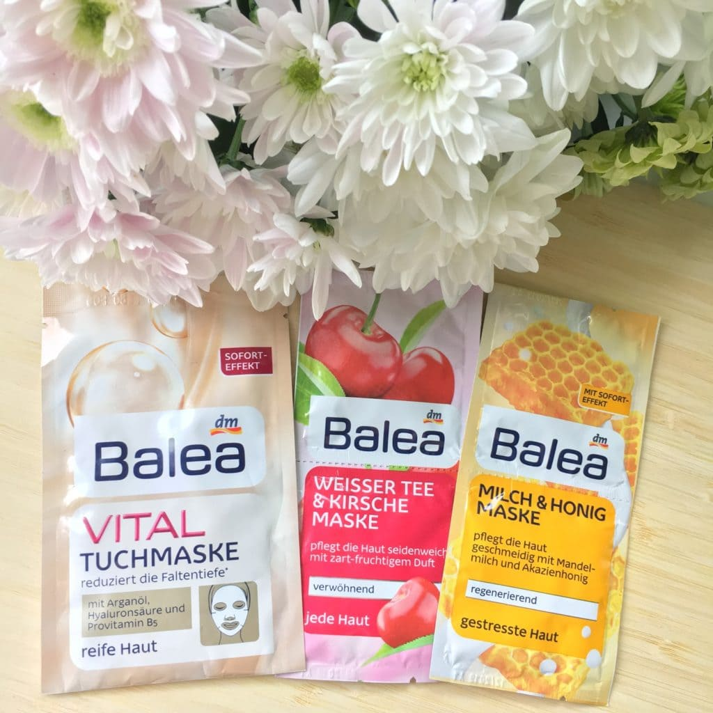3 produkty, to seria mini recenzji, dziś maseczki do twarzy z Balea.
