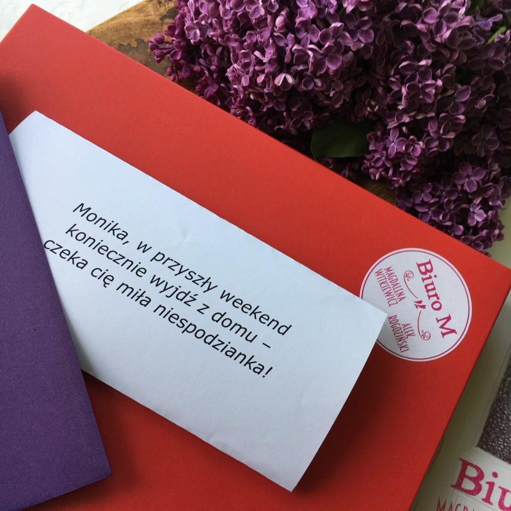 Biuro M czyli najnowsza powieść Magdaleny Witkiewicz i kolejna napisana wspólnie z Alkiem Rogozińskim, która swoją premierę ma 23.05.2018 roku.