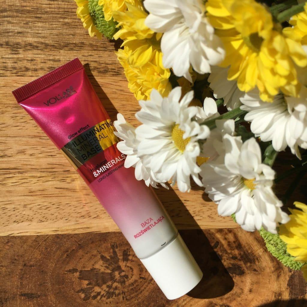 6 tygodni, 6 baz pod makijaż, czyli testy nowości Vollare Cosmetics, dziś na tapecie wrażenia z używania bazy wygładzająco-rozświetlającej.