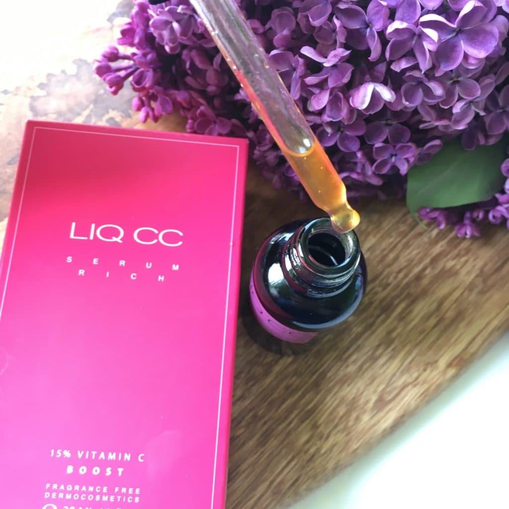 LIQ CC Serum Rich 15% Vitamin C BOOST, czyli Bogate serum rozświetlające z witaminą C od Liqpharm i moje wrażenia na jego temat.