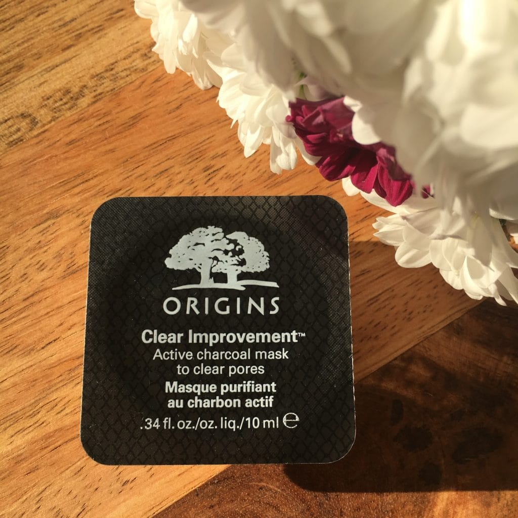 Moje pierwsze spotkanie z maseczkami Origins, czyli  Dr. Andrew Weil for Origins Mega Mushroom Skin Relief Face Mask, Drink Up Intensive Overnight Mask to Quench Skin's Thirst, Original Skin Retexturing Mask with Rose Clay oraz Clear Improvement Active Charcoal Mask To Clear Pores.