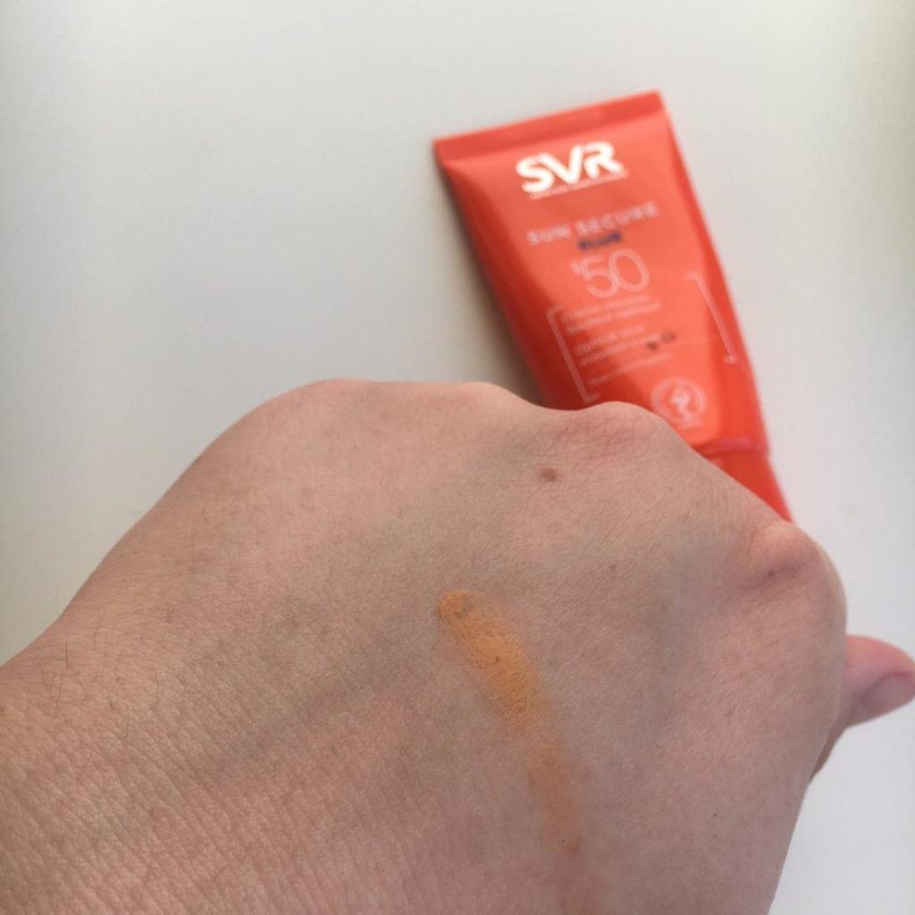 SVR - Sun Secure Blur Mousse Cream SPF 50 - Krem w piance optycznie ujednolicający koloryt skóry