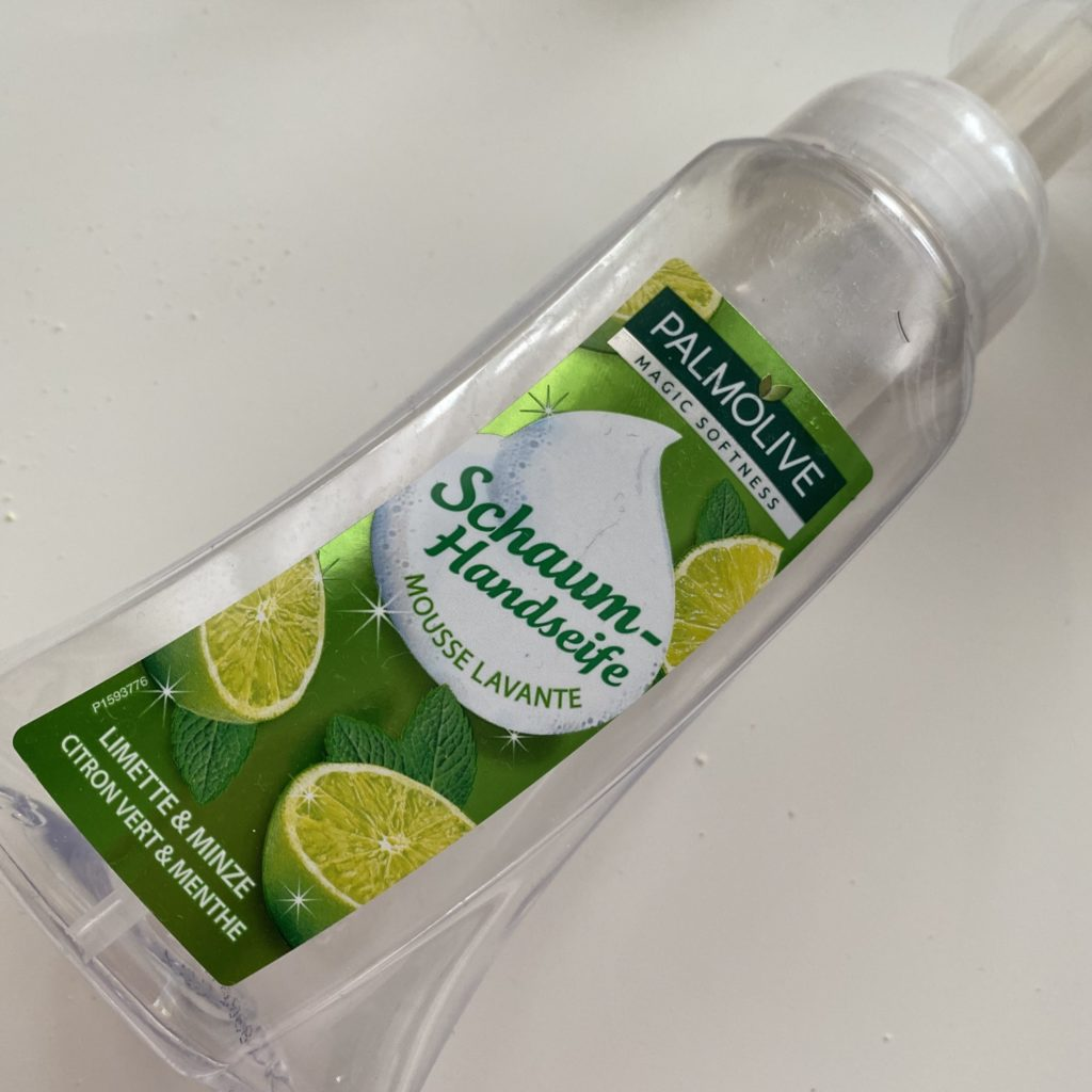 Palmolive – Magic Softness – Pianka do mycia rąk